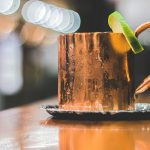 photo credit: Wine Dharma Foto Moscow Mule in tazza di rame 1 via photopin (license)